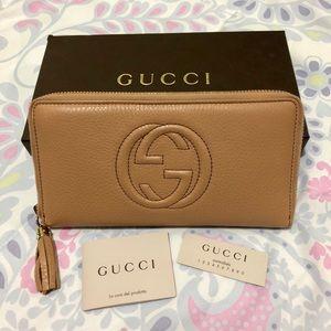 ⛔️SOLD⛔️Gucci Soho Wallet